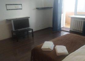 Снять - фото. Снять однокомнатную квартиру посуточно без посредников, Тюмень, Холодильная улица, 138 - фото.